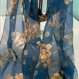 Vintage 🌼 FLORAL scarf - made in ITALY